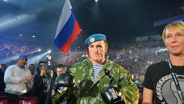 Боксер Лебедев— о«террористе» всамолете иэкстренной посадке