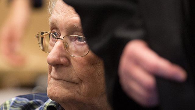 «Бухгалтера» Освенцима признали виновным впричастности кубийству 300 тысяч узников концлагеря