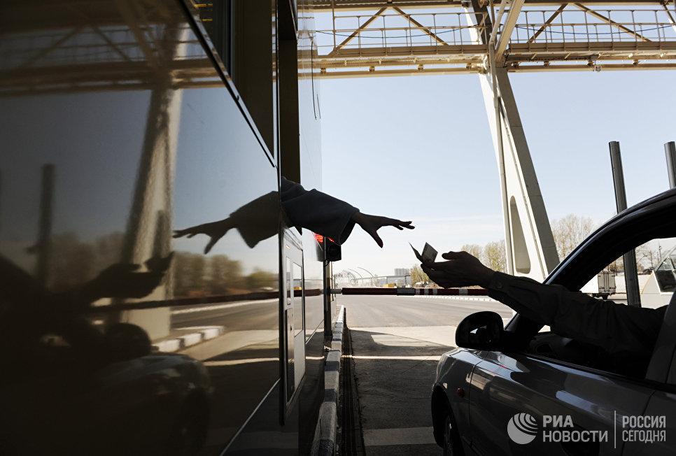 Открытие платного проезда на участке Западного скоростного диаметра в Санкт-Петербурге