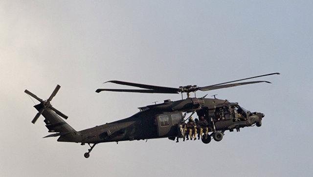 ВСША военный вертолет совершил вынужденную посадку натерритории школы