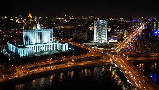 Медведев снизил квоты наработу иностранцев вряде областей