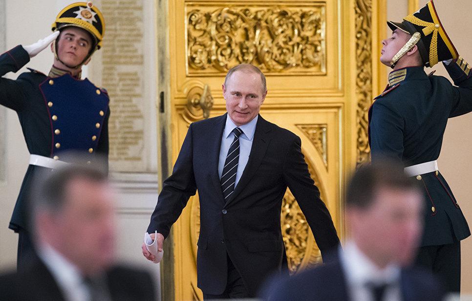 Президент РФ В. Путин во время заседания Российского организационного комитета Победа