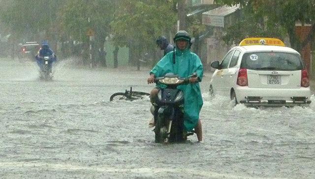 Во Вьетнаме не менее 17 человек погибли при наводнении