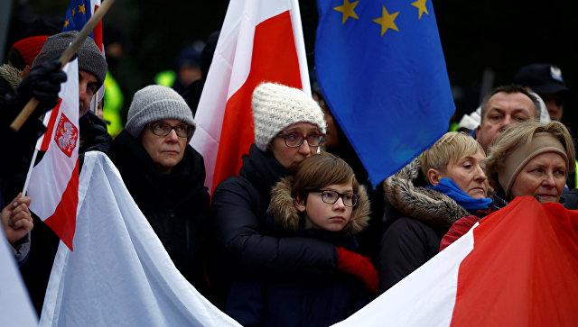 Акция протеста оппозиции в Польше