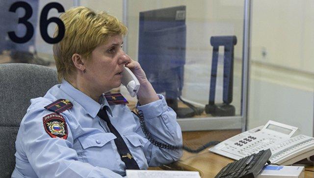 Столичные следователи пытаются выяснить причины иобстоятельства падения девушки вмусоропровод