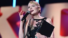 Актриса и режиссер Рената Литвинова на церемонии открытия 27-го Российского кинофестиваля Кинотавр в Сочи