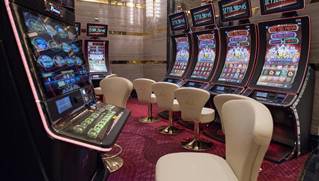 Электронные казино в хабаровске игровые автоматы американ покер онлайн