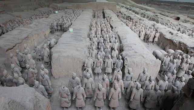 Терракотовые воины императора Цинь Шихуана