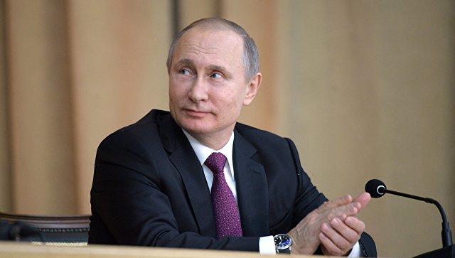Путин поручил утвердить госпрограмму о научно-технологическом развитии