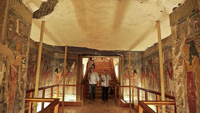 ВЕгипте найдены 12 гробниц времен Тутанхамона иНефертити