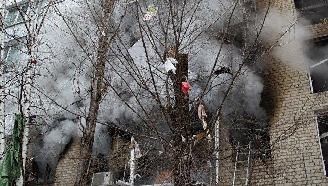 На месте взрыва бытового газа в многоэтажном доме в Ленинском районе Саратова