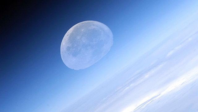 РКК «Энергия» пообещала представить услугу пооблету Луны к 2022г.