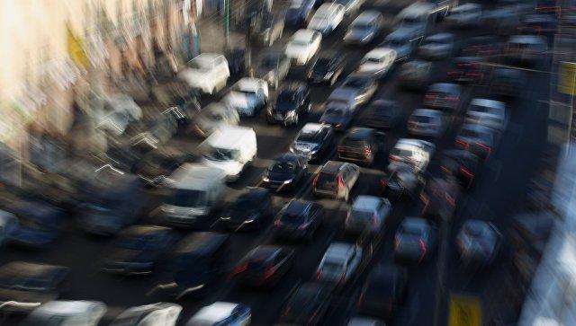 Автомобильные пробки. Архивное фото