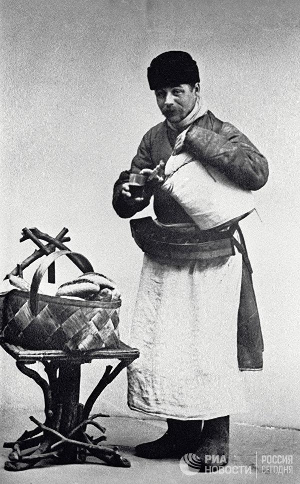 Московский продавец сбитня. Москва,1913 год