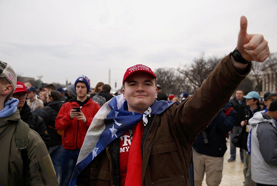 Сторонник Дональда Трампа на Национальной аллее Вашингтона. 20 января 2017