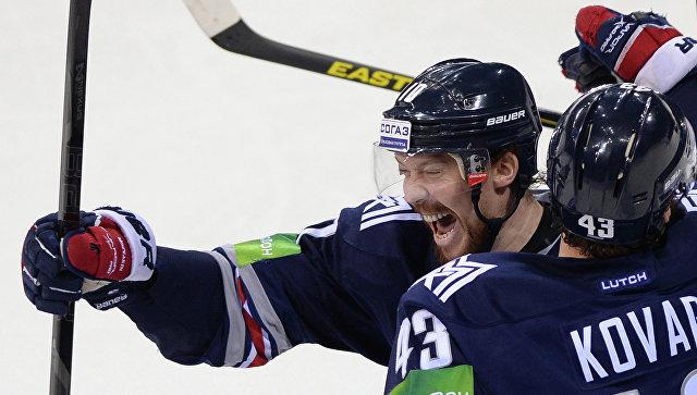 Хоккеисты «Лады» начали матч КХЛ с«Кузней» сбоязнью проиграть— Аболс
