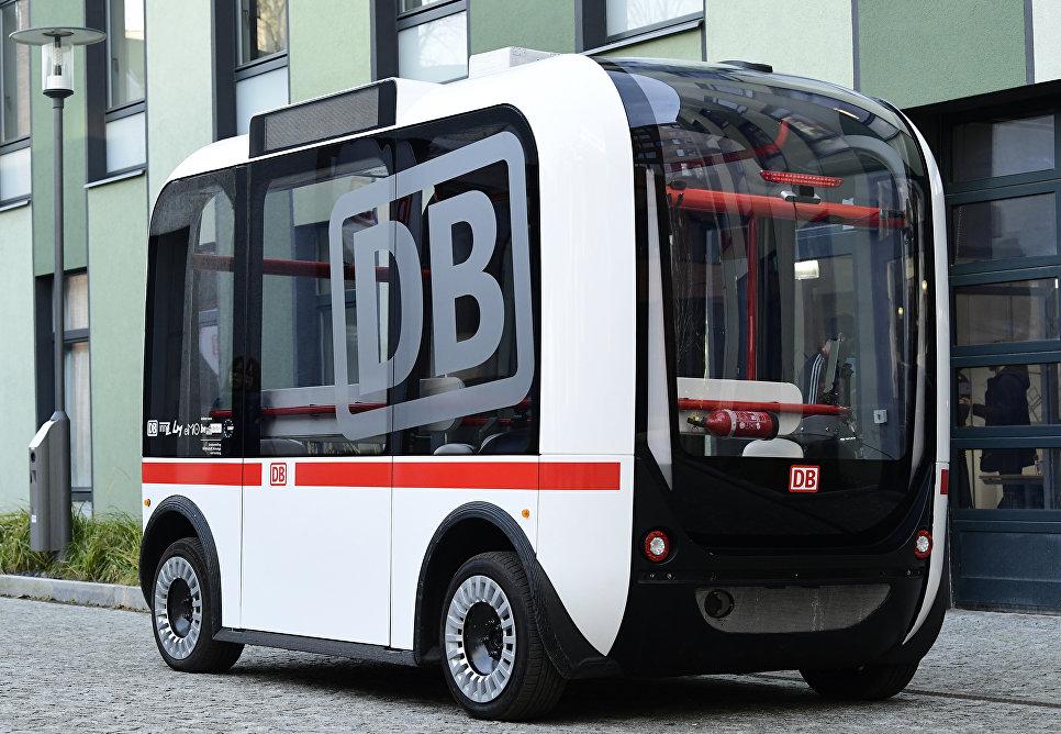 Беспилотный автобус на презентанции в Берлине