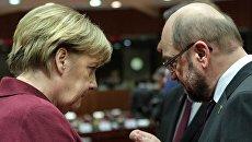 Канцлер ФРГ Ангела Меркель и президент Европейского парламента Мартин Шульц. Архивное фото