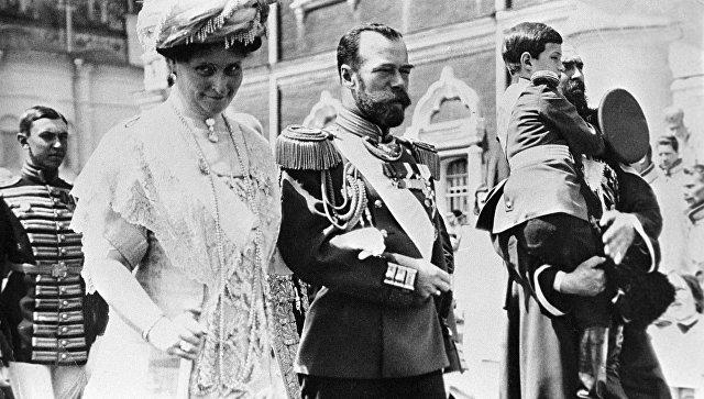 Российский Император Николай II, Императрица Александра Федоровна и цесаревич Алексей