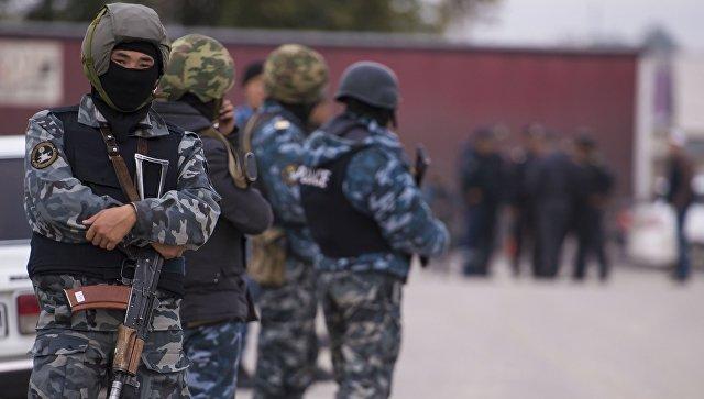 В Киргизии милиция применила спецсредства на митинге сторонников Жапарова