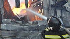Тушение пожара на мебельном складе в Шпаковском районе Ставрополья