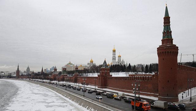 Вид на Московский Кремль с Большого Москворецкого моста. Архивное фото