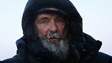 Российский путешественник Федор Конюхов перед стартом полёта на тепловом шаре на Рыбинском аэродроме в Ярославской области