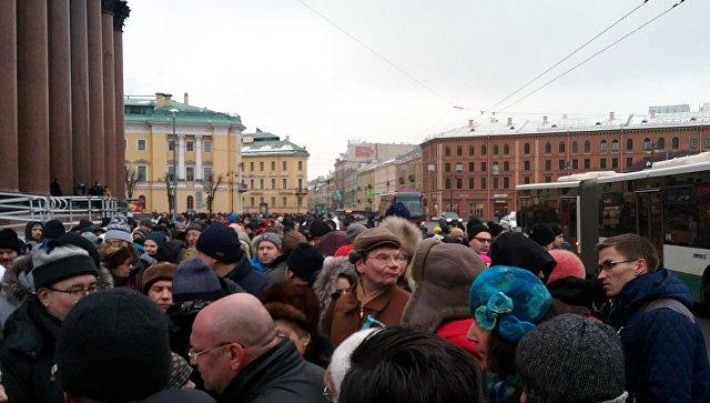 Ректоры петербургских институтов попросили губернатора Петербурга ускорить передачу Исаакиевского храма РПЦ