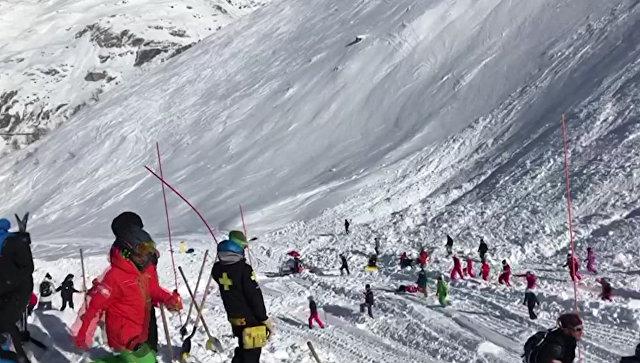 Лавина воФранцузских Альпах могла прикрыть 10 лыжников
