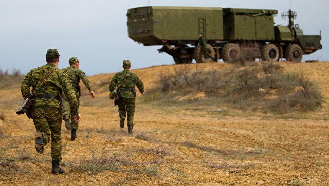 Зенитно-ракетная система С-300 на полигоне Ашулук в Астраханской области. Архивное фото