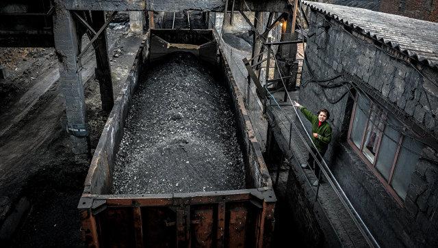 Гройсман заявил, что Украине придется покупать уголь в США или России