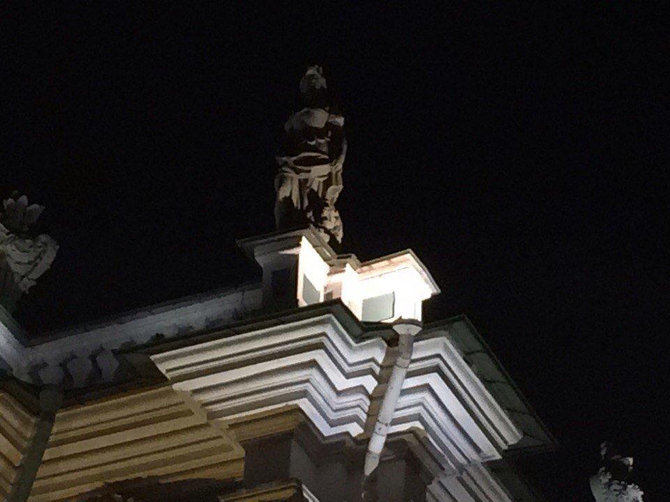Ночной Эрмитаж