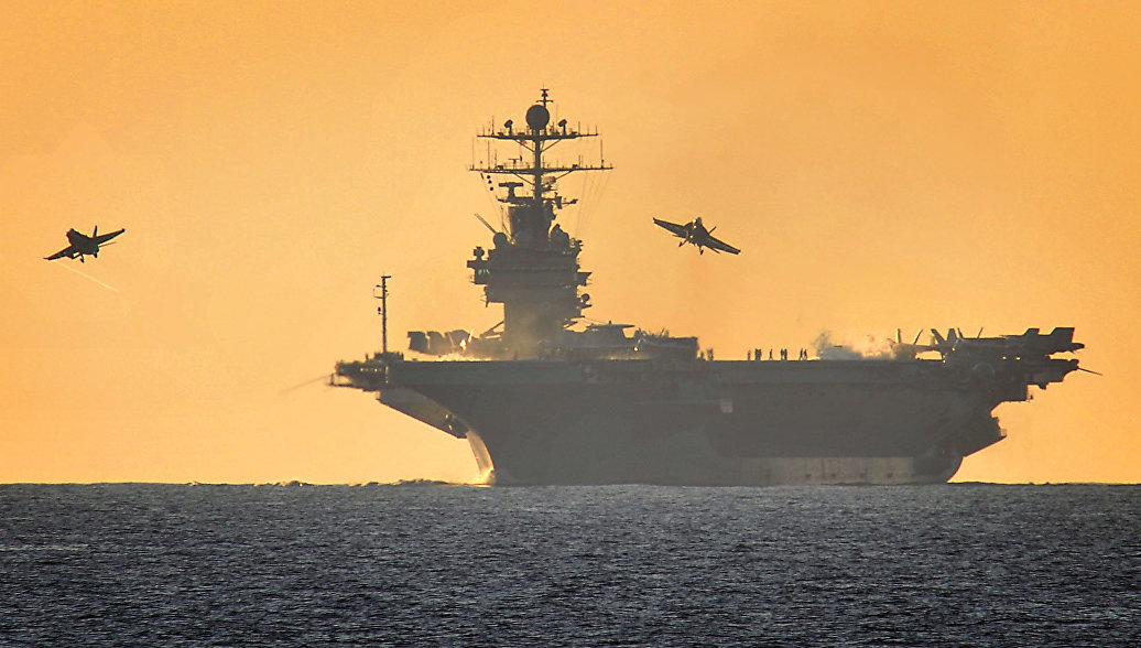 Пентагон признал низкую эффективность американских авианосцев