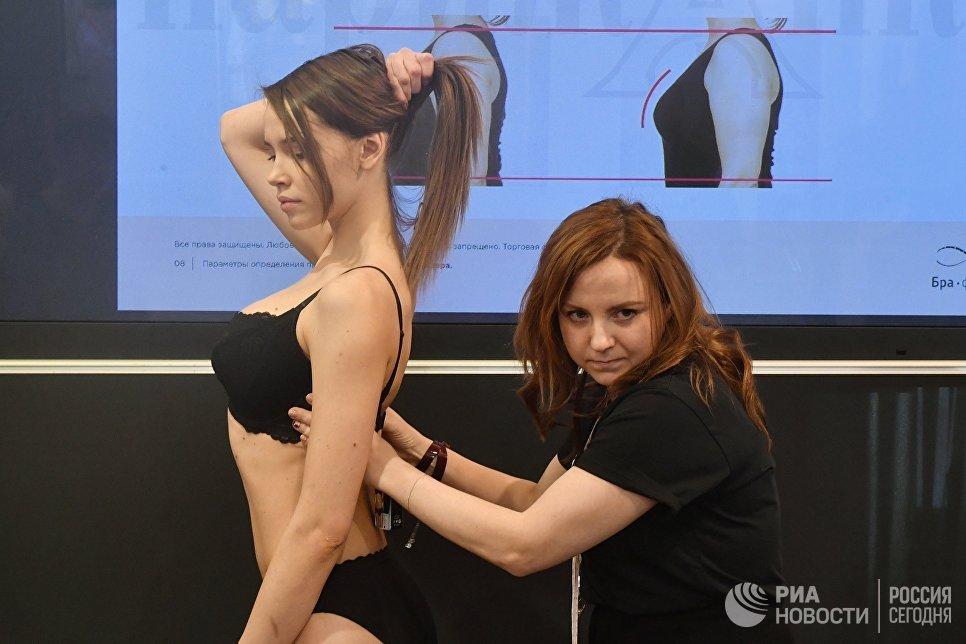 Участники на Международной выставке нижнего белья и купальников Lingerie Show-Forum - 2017