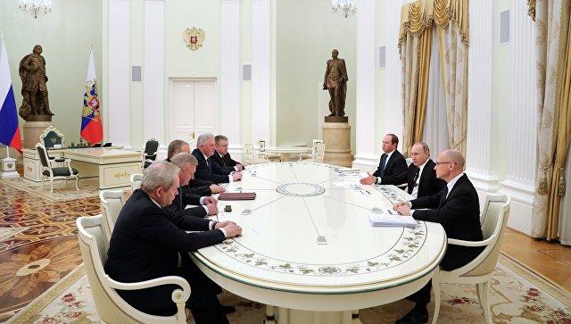 Песков призвал ориентироваться наинформацию Кремля оротациях вгубернаторском корпусе