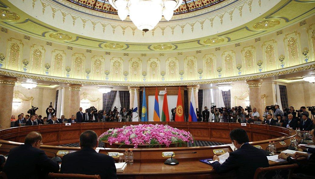 ЕАЭС обсудит с Пекином выход своих компаний на китайский рынок