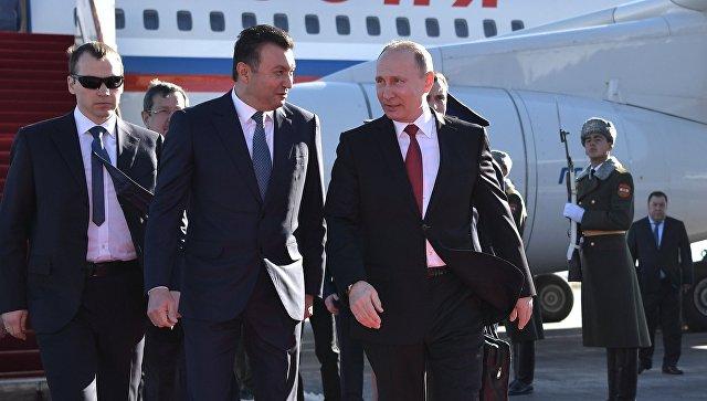 Путин: РФ ценит позицию Таджикистана врешении региональных сложностей безопасности