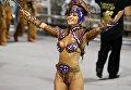 Бразильская модель Сабрина Сато на карнавале в Рио-де-Жанейро, Бразилия
