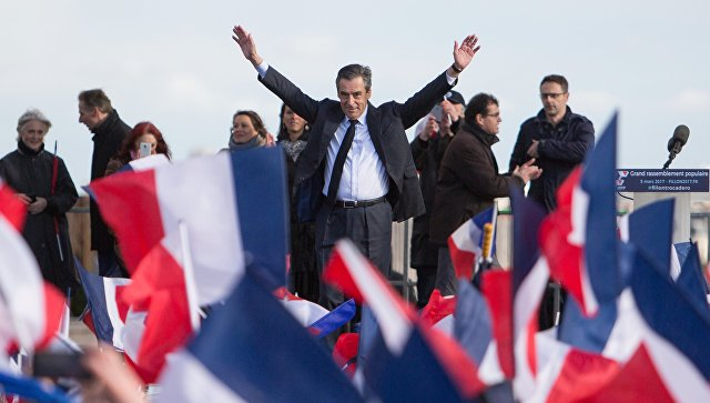Фийон официально стал кандидатом напост президента Франции
