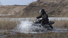 По снегу, грязи и воде: российский мотовездеход показал себя на испытаниях