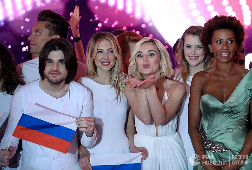 Она все-таки беременна: Сергей Лазарев подтвердил слухи об занимательном положении Полины Гагариной