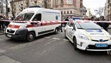 Автомобили экстренных служб на месте убийства бывшего депутата Государственной Думы РФ Дениса Вороненкова в Киеве