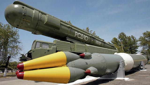Ракетный комплекс средней дальности РСД-10 ПИОНЕР (по терминологии НАТО - SS-20)