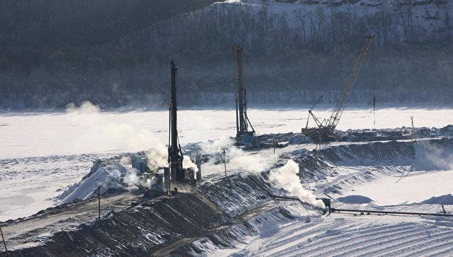 На строящейся Нижне-Бурейской ГЭС началось наполнение водохранилища