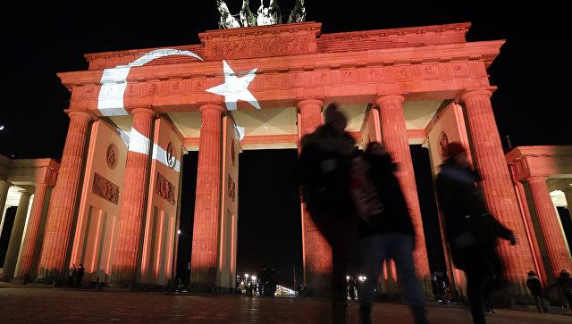 Неменее 250 турецких военных попросили политического укрытия вГермании