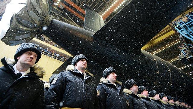 Торжественная церемония спуска на воду атомного подводного крейсера Казань ВМФ России. Архивное фото
