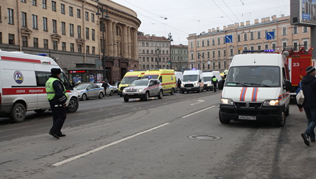 Ситуация у станции метро Технологический институт после взрыва в Санкт-Петербурге. Архивное фото
