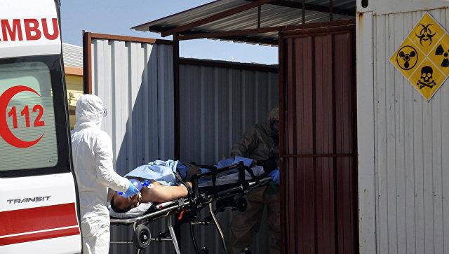 Эвакуация пострадавших в сирийском Идлибе. Архивное фото