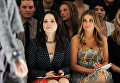 Актрисы София Буш и Кармен Электра на показе коллекции Rebecca Taylor в Нью-Йорке