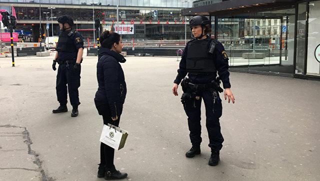 Милиция предполагает, что инцидент с фургоном вСтокгольме является терактом